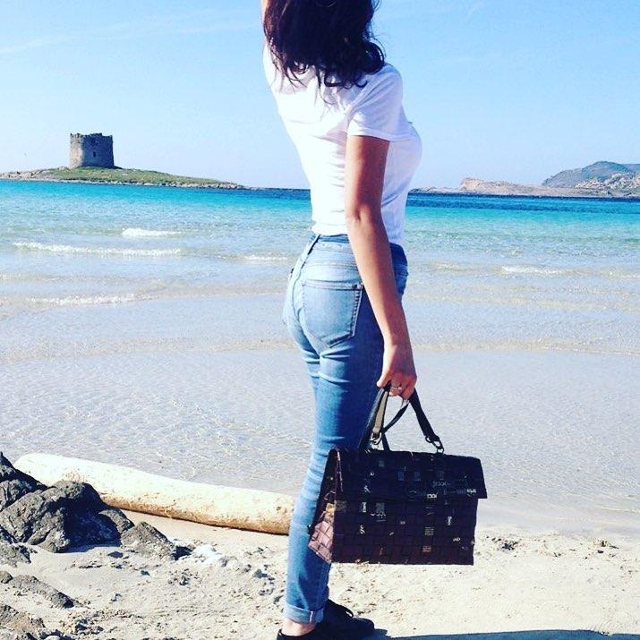 Giulia Salsi ci porta in Sardegna